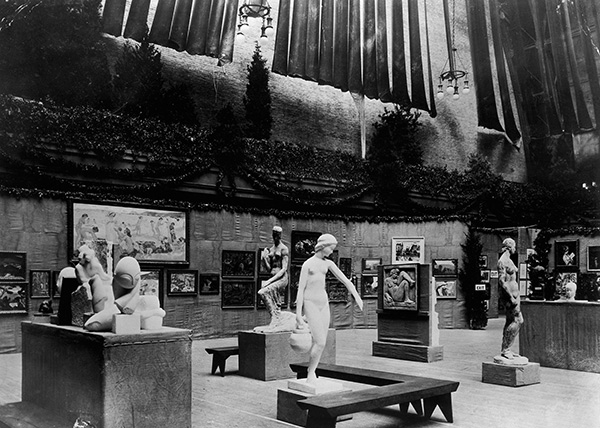 """International Exhibition of Modern Art"" at the 69th Regiment Armory, New York, 1913"